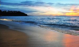 sunset on senggigi beach