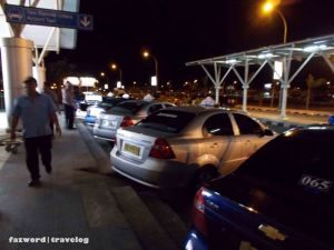 taxi-bandara-lombok-bil-tersedia-juga-dimalam-hari