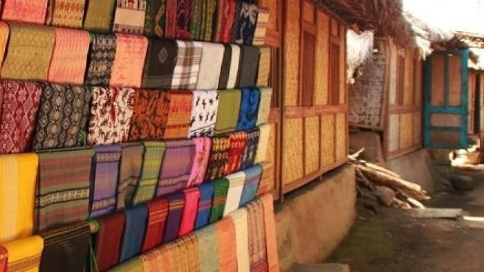 tour-lombok-ke-desa-sukarara
