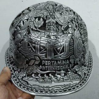 carving helmet